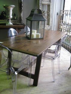 The 'Beauchene' Table in Oak