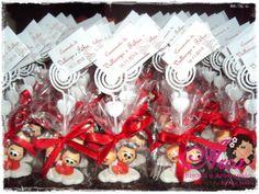 Lembrancinhas de casamento -agarradinhos pedido minimo: 50 unidades A cor da fita de cetim - a seu gosto