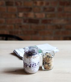 creamy coconut buckwheat + wild blueberries + easy homemade granola | breakfast in a jar