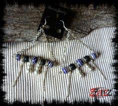Triangular earrings made of gemstone beads http://www.alittlemarket.com/boucles-d-oreille/fr_boucles_d_oreilles_forme_triangle_en_turquoise_violette_et_pierre_de_lave_-15115613.html https://www.facebook.com/pages/Des-Noeuds-et-des-Pierres/598136326891842