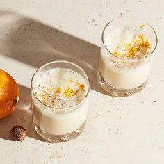 Eggnog med apelsin | Recept ICA.se Lchf, Panna Cotta, Ethnic Recipes, Food, Drink, Christmas, Instagram, Xmas, Dulce De Leche