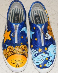 painted Canvas shoes ------ ----- ---- I know I put this under sewing clothing, but I don't have a separate category for just clothing.  But what a fun project for those cheap canvas shoes!!!!!