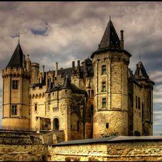 Chateau de Saumur = gorgeous French castle