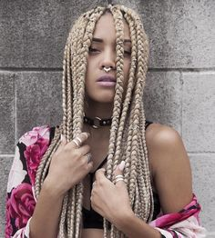 _ jannellehill, chunky box braids, afro hair, protective hairstyle inspiration, black girl with blonde hair, colored hair, colorful hair