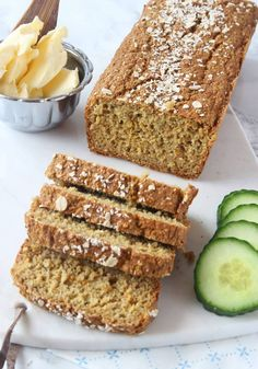 Gluten-free carrot bread made with oats Savoury Baking, Bread Baking, Good Food, Yummy Food, Tasty, Gluten Free Baking, Food Allergies, No Bake Desserts, Pain