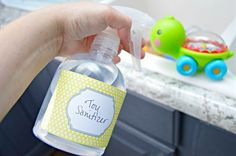 Cleaning baby toys often will help keep germs at bay. This easy home remedy is easy to use and works great to disinfect baby toys. Cleaning Toys, Cleaning Spray, Diy Cleaning Products, Cleaning Solutions, Cleaning Hacks, Organizing Tips, Organization, Best Baby Toys, Disinfectant Spray