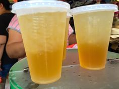 Stone Flower Jelly 石花凍 (Shi Hua Dong) Top your lemonade/tea combo off with a glob of mystery jello! Jello, Street Food, Taiwan, Lemonade, The Good Place, Mystery, Dishes, Tea, Stone