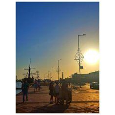 Día típico en Cartagena.  #cartagena #muelle #torredelreloj #centrodeconvenciones #colombia #caribe #playa #viaje #vacaciones