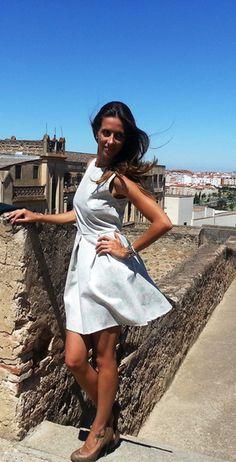 Vestido corto de fiestahttp://probandoropa.com/es/vestidos/vestido-corto-de-fiesta