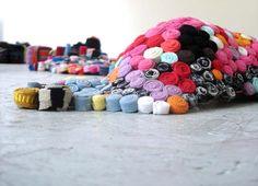 Marie Noëlle Deverre, Plasticienne .:. Travaux .:. Sculptures portables .:. Take It All