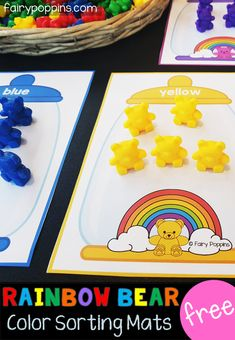 These free rainbow bear sorting mats are great for kids in preschool or kindergarten. Kids can use their fine motor skills to sort rainbow counting bears onto the mats. This activity helps kids learn to identify colors (colours). Preschool Centers, Preschool Math, Kindergarten Math, Fun Math, Math Centers, Rainbow Activities, Preschool Activities, Learning Colors, Kids Learning
