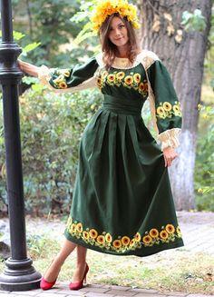 Льняное платье с авторской вышивкой гладью|ПЛ-770260
