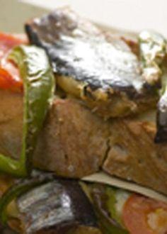 Bruschettas de mozzarella com filetes de sardinha