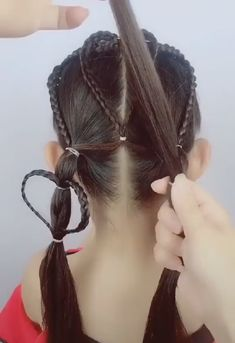 cute hairstyles You are in the right place about baby girl hairstyles birthday Here we offer you the Baby Girl Hairstyles, Hairstyles Haircuts, Braided Hairstyles, School Hairstyles, Kids Hairstyle, Cute Hairstyles For Kids, Hairstyles Videos, Celebrity Hairstyles, Curly Hair Styles