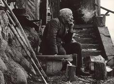 L'esprit de finesse: Rainer Maria Rilke: Pericolose e maligne sono quel. Rainer Maria Rilke, Nostalgia, 1, Photography, Fictional Characters, Smoking, Sleep, Author, Lens