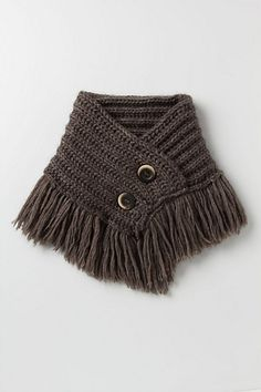 Knit inspiration: Nightingale fringed cowl from Anthropologie. Just not sure about that fringe when it's snowing.