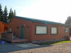 Gallatin Cabin NE Deck entry