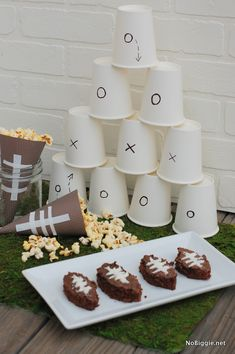 DIY Football party decor via NoBiggie.net