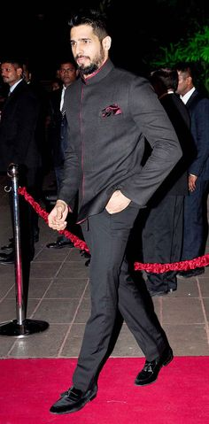 Sidharth Malhotra at Arpita Khan's wedding reception in Mumbai. #Bollywood #Fashion #Style #Handsome