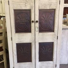 Amish Furniture – KC Collections Hardwood Furniture, Amish Furniture, Home Office Furniture, Furniture Making, Corner Desk With Hutch, Amish Farm, Wood Species, Collections