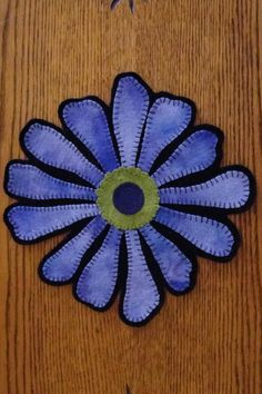 Coneflower Wool Applique Candle Mat Pattern Kit by yogybooboo Wool Applique Patterns, Felt Applique, Flower Applique, Print Patterns, Felted Wool Crafts, Felt Crafts, Fabric Art, Fabric Crafts, Wool Mats