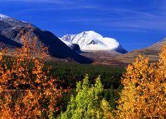 View of Rondane from Atnadalen - photographer Willy Haraldsen