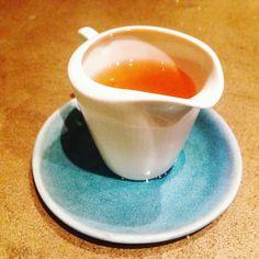 Quem já comeu óleo de argan? Hoje a #SabineHueck serviu acompanhando um cuscuz e fiquei surpresa com seu sabor.  ______________________________ #digamaria #oleodeargan #food #argan