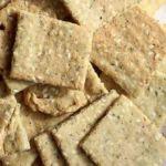 Keto Almond Flour Crackers Recipe Almond Flour Crackers Recipe, Almond Cracker Recipe, Almond Flour Bread, Baking With Almond Flour, Almond Recipes, Sugar Free Recipes, Low Carb Recipes, Diet Recipes