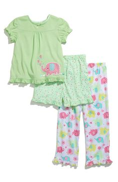 Newborn baby p j's in order to keep your loved ones relaxed though they rest and sleep, come across baby and young one pajamas used in elegant shades of color. Cute Pajama Sets, Cute Pajamas, Kids Pajamas, Flannel Pajamas, Girls Pjs, Baby Girl Pajamas, Baby Girls, Kids Nightwear, Girls Sleepwear