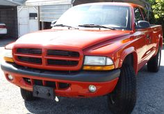 2003 Dodge Dakota Sport, Ext. Cab, 4x4. ONLY 110,000 Miles