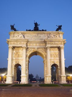 One of Milan's most famous city gates, Arco della Pace in Porta Sempione dates from 1838 and was crafted by architect Luigi Cagnola.