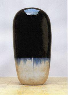 Black blue and white ceramic sculpture pottery art Untitled Dango, 2001 ceramic, by Jun KANEKO, Japan 金子潤 Glass Ceramic, Ceramic Clay, Ceramic Pottery, Pottery Art, Japanese Ceramics, Japanese Pottery, Abstract Sculpture, Sculpture Art, Ceramic Sculptures