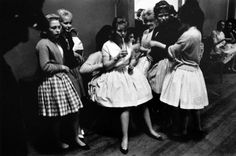 post war teens Photographs by Roger Mayne