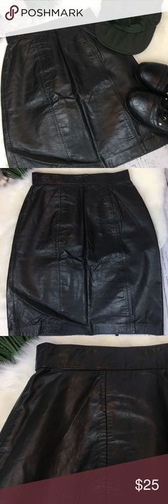 "🎀HP🎀 Vintage BB Dakota Black Leather Skirt 5/6 Smoking hot black 100% leather mini skirt ... this is a VINTAGE Gem by B.B. Dakota & Made in Hong Kong. The Size is a 5/6 but runs small as vintage pieces do so review measurements!! Lined with back zipper & snap closure. This is in VERY good condition and ready to bring the 1980's back!! Grab her quick she is a beauty!!! Smoke free home!   Measurements (flat) Waist: 12"" Hips: 18"" Top to bottom: 18.5"" Across bottom: 17"" Vintage Skirts Mini"