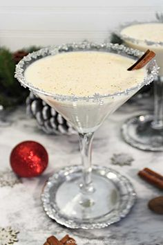 Creamy Eggnog Martini Celebrate the holidays with this creamy, decadently rich Eggnog Martini. Just 3 ingredients & a few pinches of spice will create the perfect cocktail for the Christmas season. Christmas Cocktails, Holiday Drinks, Fun Drinks, Yummy Drinks, Cocktail Drinks, Cocktail Recipes, Holiday Recipes, Alcoholic Drinks, Party Drinks