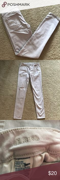 American Eagle Gray Jeggings These have been outgrown and haven't been worn in a while, but are in excellent condition! American Eagle Outfitters Jeans Skinny