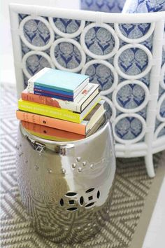 Sparkling Silver - Design Chic - love the stack of books on the garden stool!