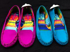 Shoes don't have to be neutral - Come into #PlatosBarrie today & pick up a pair with some flair! #ThatRhymed #PoetAndWeKnowIt #RainbowShoes #SoManyColours | www.platosclosetbarrie.com