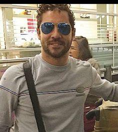 David Bisbal De camino a São Paulo con todo el equipo!! Feliz de llegar a Brasil por primera vez! http://instagram.com/p/vp8znJvWjP/