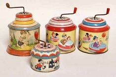 Best ever retro kitsch vintage children's toys, the tinkle tinkle, I often carry one of these around with me in my bag, it's great stress relief Muziekdoosje My Childhood Memories, Childhood Toys, Sweet Memories, Good Old Times, The Good Old Days, Antique Toys, Vintage Toys, Ddr Museum, Tin Toys