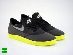 premium selection 81696 23a4e Nike SB  World Cup  Lunar Oneshot Quickstrike Running Shoes Nike, Nike Free  Shoes