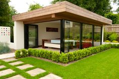 Contemporary garden rooms - Modern Landscape Design for Small Spaces