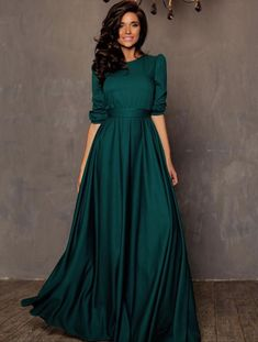 Read more The post 41 Trendy Wedding Gowns Indian 2019 appeared first on How To Be Trendy. Simple Dresses, Elegant Dresses, Pretty Dresses, Beautiful Dresses, Long Gown Simple, Casual Gowns, Gorgeous Dress, Indian Gowns Dresses, Evening Dresses