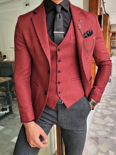 Black And Red Suit, Black Suit Vest, Black Suits, Slim Fit Tuxedo, Slim Fit Suits, Red Shirt Outfits, Casual Outfits, Mens Red Suit, Homecoming Outfits For Guys