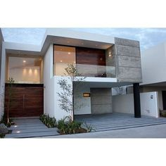 Inspiring Modern Dream House You Will Love. Designing an elegant modern home requires a great energy. Careful planning and seriousness in workmanship are the key to making a home. Architecture Design, Facade Design, Residential Architecture, Exterior Design, Modern House Facades, Modern House Plans, Modern House Design, Facade House, Modern Exterior