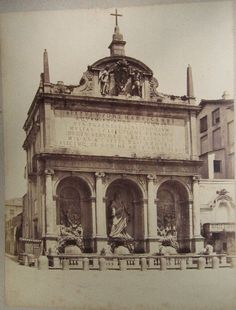Fontana dell'Acqua Felice 1880 Gateway Arch, Art History, Taj Mahal, Empire, The Past, Spain, The Incredibles, Retro, Antiques