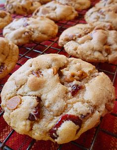 Pecan, Cranberry, Cinnamon Chip Cookies - Recipes - Whole Foods Market Cooking Boulder Cinnamon Chip Cookie Recipe, Cinnamon Cookies, Cinnamon Chips, Pecan Cookies, Chip Cookies, Cookie Recipes, Dessert Recipes, Bar Recipes, Bar Cookies
