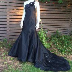Selling this ♠🔯👀️JORGE MANUEL bLaCk Wedding dress♠️🌹 on Poshmark! My username is: ghiayoga3. #shopmycloset #poshmark #fashion #shopping #style #forsale #Jorge Manuel #Dresses & Skirts