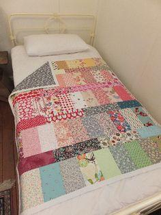 Easy scrap fabric quilt