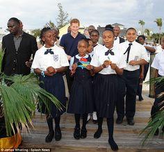 http://www.hgchristie.com/wp-content/uploads/2014/09/bahamas-school-uniforms-.jpg